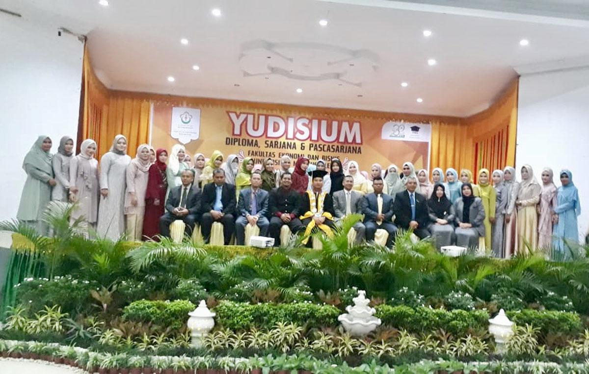 http://news.unimal.ac.id/index/single/437/fakultas-ekonomi-unimal-yudisium-252-lulusan